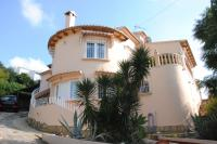 Tidy and cosy villa near golfcourse of Javea!